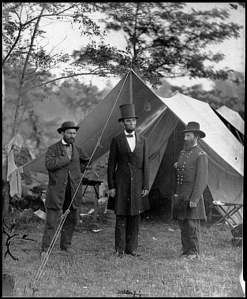 Lincoln with troops
